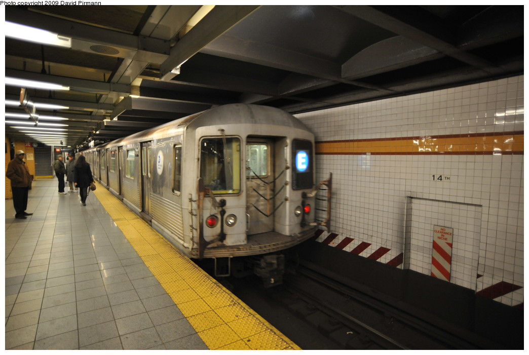 (232k, 1044x701)<br><b>Country:</b> United States<br><b>City:</b> New York<br><b>System:</b> New York City Transit<br><b>Line:</b> IND 8th Avenue Line<br><b>Location:</b> 14th Street <br><b>Route:</b> E<br><b>Car:</b> R-42 (St. Louis, 1969-1970)  4741 <br><b>Photo by:</b> David Pirmann<br><b>Date:</b> 3/15/2009<br><b>Viewed (this week/total):</b> 1 / 1052