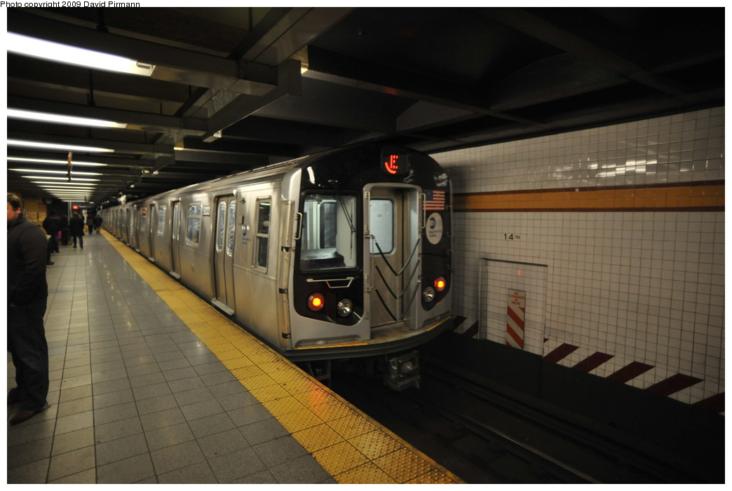 (214k, 1044x701)<br><b>Country:</b> United States<br><b>City:</b> New York<br><b>System:</b> New York City Transit<br><b>Line:</b> IND 8th Avenue Line<br><b>Location:</b> 14th Street <br><b>Route:</b> E<br><b>Car:</b> R-160A (Option 1) (Alstom, 2008-2009, 5 car sets)  9333 <br><b>Photo by:</b> David Pirmann<br><b>Date:</b> 3/15/2009<br><b>Viewed (this week/total):</b> 1 / 860
