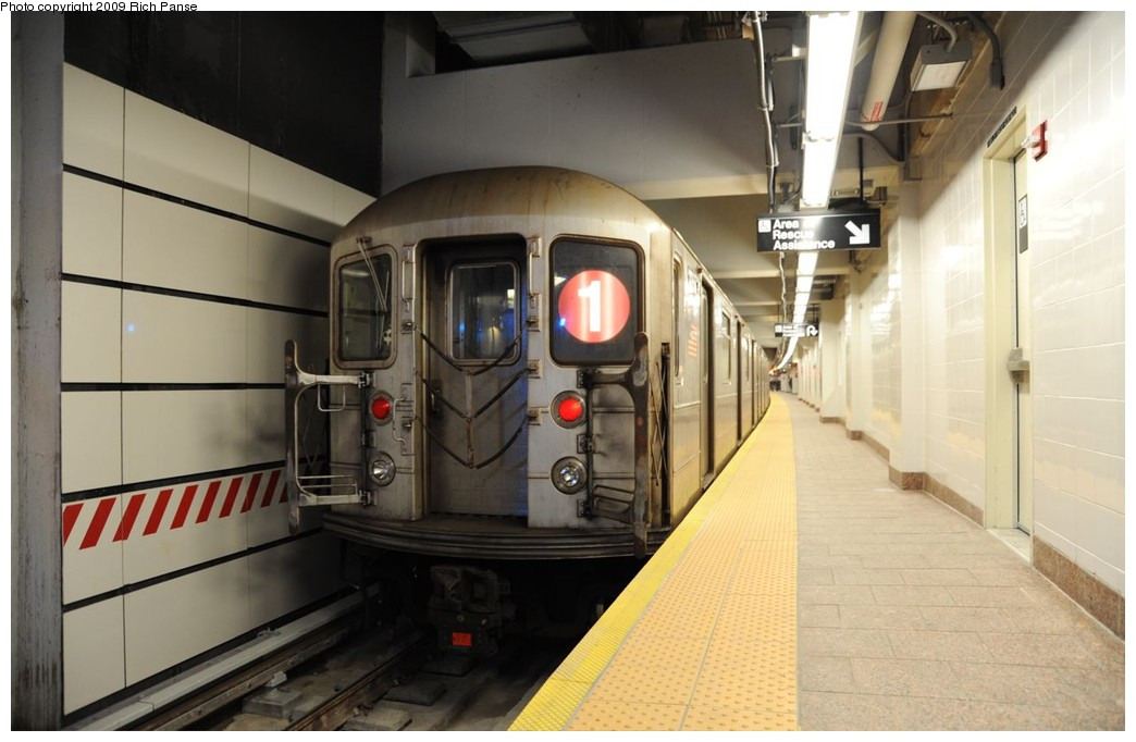 (148k, 1044x682)<br><b>Country:</b> United States<br><b>City:</b> New York<br><b>System:</b> New York City Transit<br><b>Line:</b> IRT West Side Line<br><b>Location:</b> South Ferry (New Station) <br><b>Route:</b> 1<br><b>Car:</b> R-62A (Bombardier, 1984-1987)  2255 <br><b>Photo by:</b> Richard Panse<br><b>Date:</b> 3/16/2009<br><b>Viewed (this week/total):</b> 2 / 858