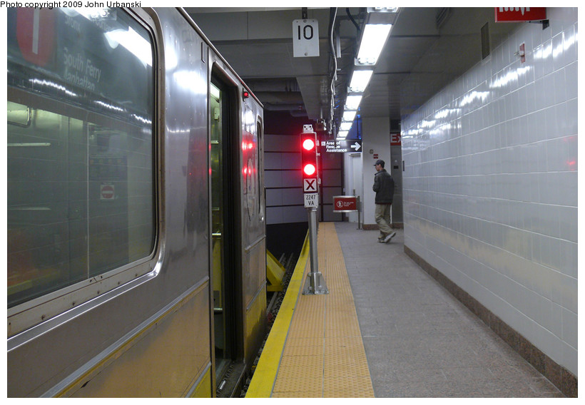 (151k, 820x568)<br><b>Country:</b> United States<br><b>City:</b> New York<br><b>System:</b> New York City Transit<br><b>Line:</b> IRT West Side Line<br><b>Location:</b> South Ferry (New Station) <br><b>Route:</b> 1<br><b>Car:</b> R-62A (Bombardier, 1984-1987)   <br><b>Photo by:</b> John Urbanski<br><b>Date:</b> 3/16/2009<br><b>Notes:</b> Bumper block.<br><b>Viewed (this week/total):</b> 4 / 1380