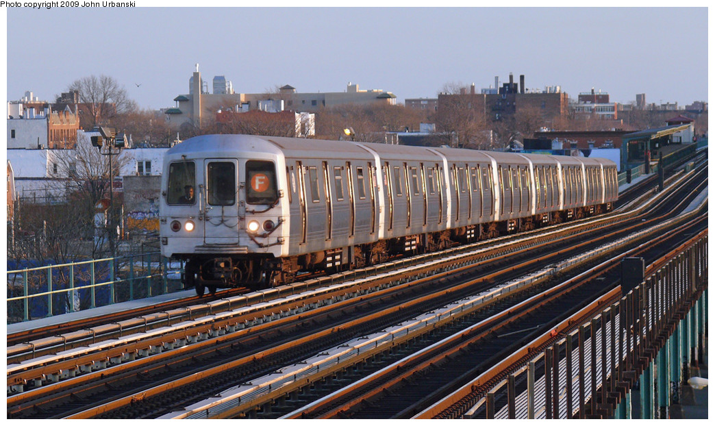 (294k, 1044x622)<br><b>Country:</b> United States<br><b>City:</b> New York<br><b>System:</b> New York City Transit<br><b>Line:</b> BMT Culver Line<br><b>Location:</b> Bay Parkway (22nd Avenue) <br><b>Route:</b> F<br><b>Car:</b> R-46 (Pullman-Standard, 1974-75) 6176 <br><b>Photo by:</b> John Urbanski<br><b>Date:</b> 3/17/2009<br><b>Viewed (this week/total):</b> 0 / 563