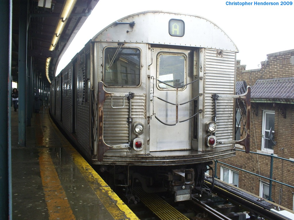 (213k, 1024x768)<br><b>Country:</b> United States<br><b>City:</b> New York<br><b>System:</b> New York City Transit<br><b>Line:</b> IND Fulton Street Line<br><b>Location:</b> Lefferts Boulevard <br><b>Route:</b> A<br><b>Car:</b> R-32 (Budd, 1964)  3417 <br><b>Photo by:</b> Christopher Henderson<br><b>Date:</b> 3/19/2009<br><b>Viewed (this week/total):</b> 2 / 526