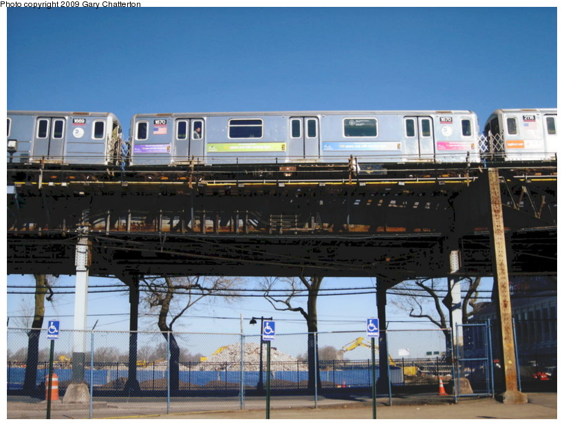 (145k, 820x620)<br><b>Country:</b> United States<br><b>City:</b> New York<br><b>System:</b> New York City Transit<br><b>Line:</b> IRT Flushing Line<br><b>Location:</b> Willets Point/Mets (fmr. Shea Stadium) <br><b>Route:</b> 7<br><b>Car:</b> R-62A (Bombardier, 1984-1987)  1670 <br><b>Photo by:</b> Gary Chatterton<br><b>Date:</b> 3/21/2009<br><b>Viewed (this week/total):</b> 8 / 1059