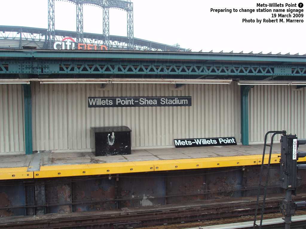 (338k, 1024x768)<br><b>Country:</b> United States<br><b>City:</b> New York<br><b>System:</b> New York City Transit<br><b>Line:</b> IRT Flushing Line<br><b>Location:</b> Willets Point/Mets (fmr. Shea Stadium) <br><b>Photo by:</b> Robert Marrero<br><b>Date:</b> 3/19/2009<br><b>Notes:</b> New signage at Willets Point.<br><b>Viewed (this week/total):</b> 2 / 1032