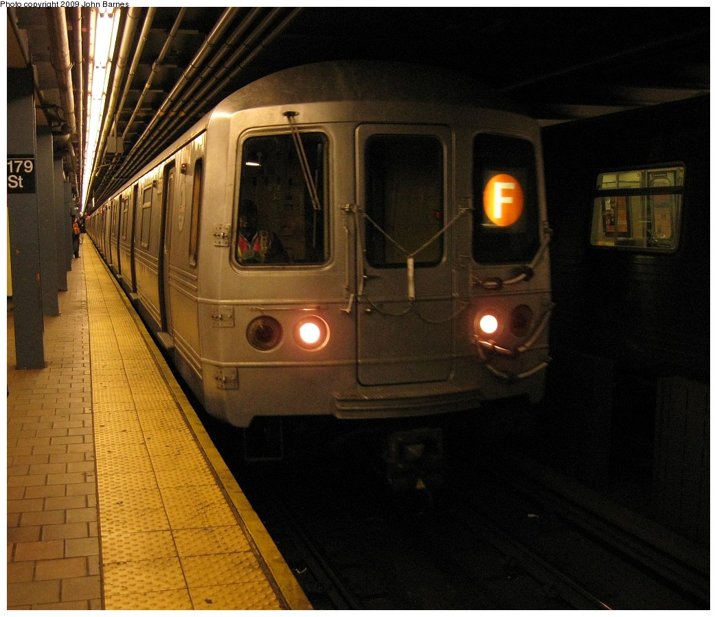 (225k, 1044x899)<br><b>Country:</b> United States<br><b>City:</b> New York<br><b>System:</b> New York City Transit<br><b>Line:</b> IND Queens Boulevard Line<br><b>Location:</b> 179th Street <br><b>Route:</b> R<br><b>Car:</b> R-46 (Pullman-Standard, 1974-75)  <br><b>Photo by:</b> John Barnes<br><b>Date:</b> 3/22/2009<br><b>Viewed (this week/total):</b> 3 / 1305
