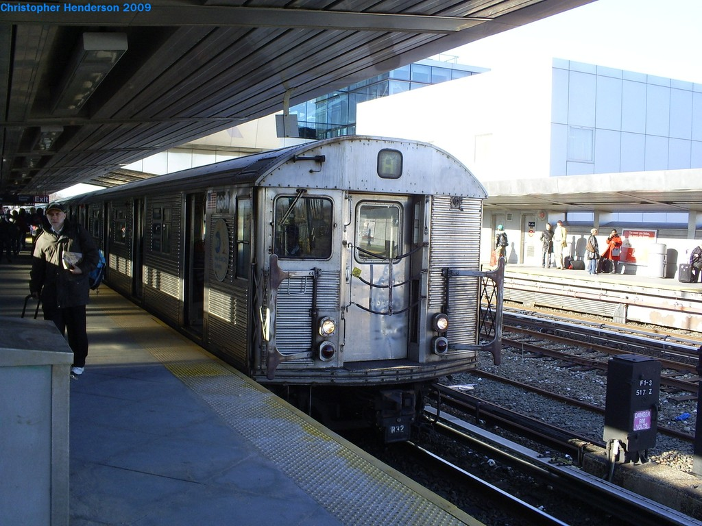 (223k, 1024x768)<br><b>Country:</b> United States<br><b>City:</b> New York<br><b>System:</b> New York City Transit<br><b>Line:</b> IND Rockaway<br><b>Location:</b> Howard Beach <br><b>Route:</b> A<br><b>Car:</b> R-32 (Budd, 1964)  3361 <br><b>Photo by:</b> Christopher Henderson<br><b>Date:</b> 3/23/2009<br><b>Viewed (this week/total):</b> 3 / 922