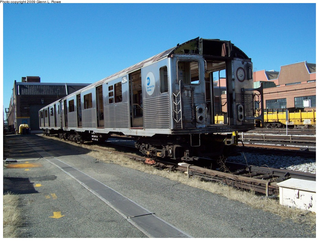 (269k, 1044x788)<br><b>Country:</b> United States<br><b>City:</b> New York<br><b>System:</b> New York City Transit<br><b>Location:</b> 207th Street Yard<br><b>Car:</b> R-38 (St. Louis, 1966-1967)  4084 <br><b>Photo by:</b> Glenn L. Rowe<br><b>Date:</b> 3/24/2009<br><b>Notes:</b> Scrap<br><b>Viewed (this week/total):</b> 1 / 494