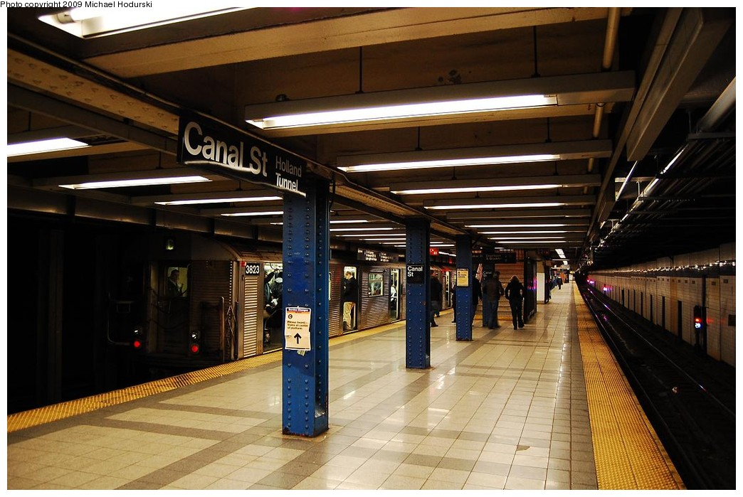 (228k, 1044x699)<br><b>Country:</b> United States<br><b>City:</b> New York<br><b>System:</b> New York City Transit<br><b>Line:</b> IND 8th Avenue Line<br><b>Location:</b> Canal Street-Holland Tunnel <br><b>Route:</b> C<br><b>Car:</b> R-32 (Budd, 1964)  3823 <br><b>Photo by:</b> Michael Hodurski<br><b>Date:</b> 3/22/2008<br><b>Viewed (this week/total):</b> 15 / 914