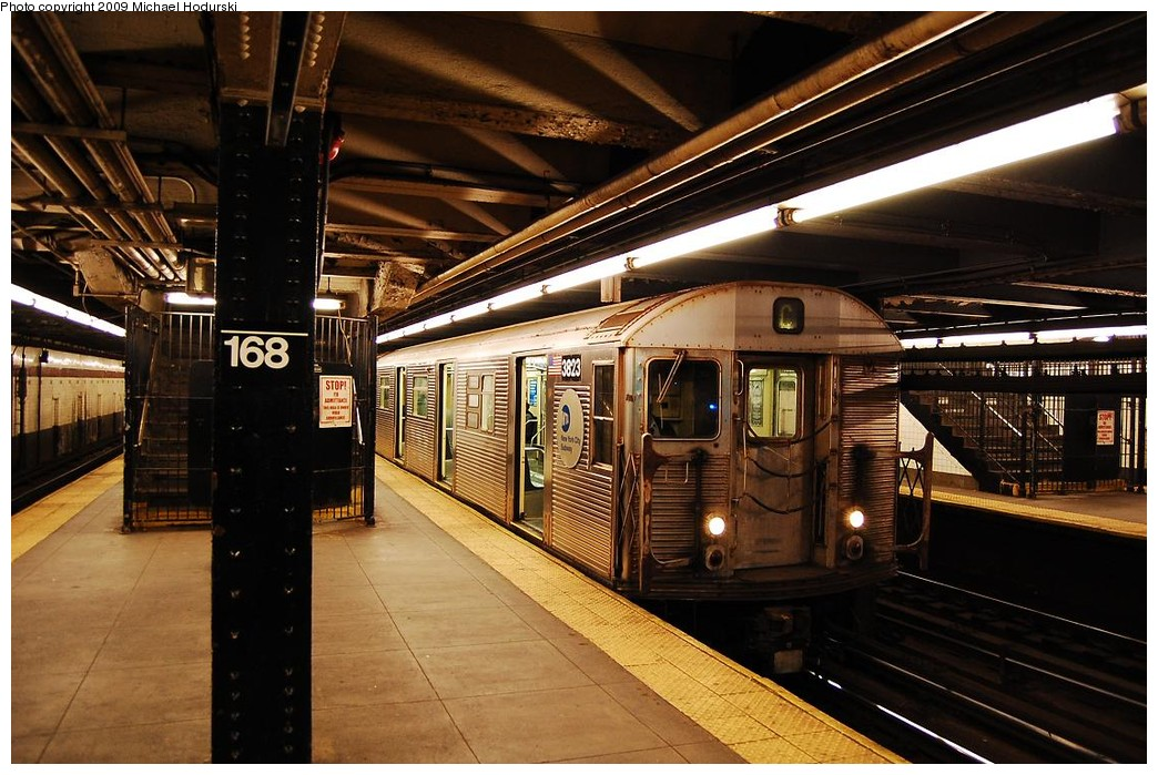(249k, 1044x699)<br><b>Country:</b> United States<br><b>City:</b> New York<br><b>System:</b> New York City Transit<br><b>Line:</b> IND 8th Avenue Line<br><b>Location:</b> 168th Street <br><b>Route:</b> C<br><b>Car:</b> R-32 (Budd, 1964)  3823 <br><b>Photo by:</b> Michael Hodurski<br><b>Date:</b> 3/22/2008<br><b>Viewed (this week/total):</b> 1 / 1085