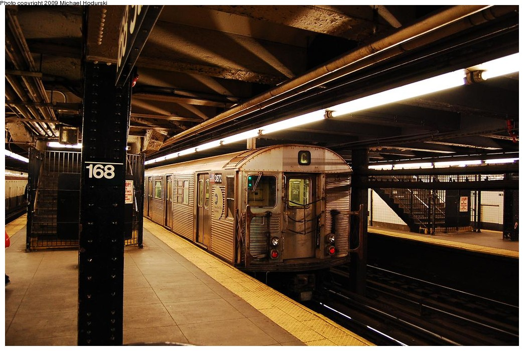 (252k, 1044x699)<br><b>Country:</b> United States<br><b>City:</b> New York<br><b>System:</b> New York City Transit<br><b>Line:</b> IND 8th Avenue Line<br><b>Location:</b> 168th Street <br><b>Route:</b> C<br><b>Car:</b> R-32 (Budd, 1964)  3872 <br><b>Photo by:</b> Michael Hodurski<br><b>Date:</b> 3/22/2008<br><b>Viewed (this week/total):</b> 0 / 579