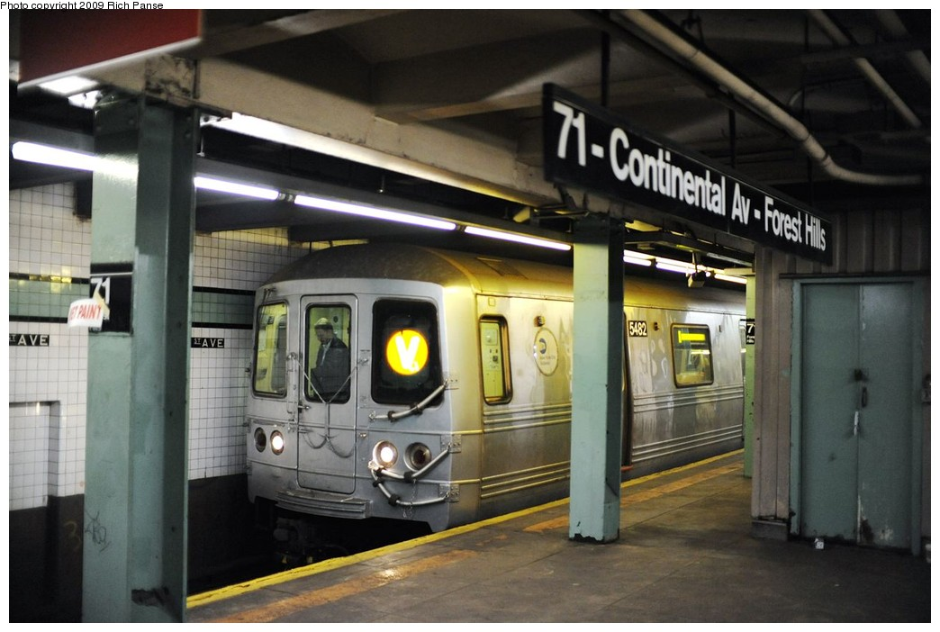 (167k, 1044x702)<br><b>Country:</b> United States<br><b>City:</b> New York<br><b>System:</b> New York City Transit<br><b>Line:</b> IND Queens Boulevard Line<br><b>Location:</b> 71st/Continental Aves./Forest Hills <br><b>Route:</b> V<br><b>Car:</b> R-46 (Pullman-Standard, 1974-75) 5482 <br><b>Photo by:</b> Richard Panse<br><b>Date:</b> 3/25/2009<br><b>Viewed (this week/total):</b> 2 / 843