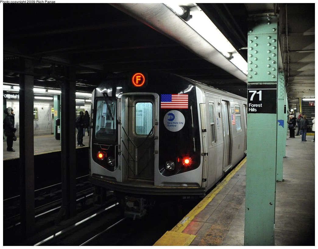 (191k, 1044x820)<br><b>Country:</b> United States<br><b>City:</b> New York<br><b>System:</b> New York City Transit<br><b>Line:</b> IND Queens Boulevard Line<br><b>Location:</b> 71st/Continental Aves./Forest Hills <br><b>Route:</b> F<br><b>Car:</b> R-160A (Option 1) (Alstom, 2008-2009, 5 car sets)  9247 <br><b>Photo by:</b> Richard Panse<br><b>Date:</b> 3/25/2009<br><b>Viewed (this week/total):</b> 2 / 1089
