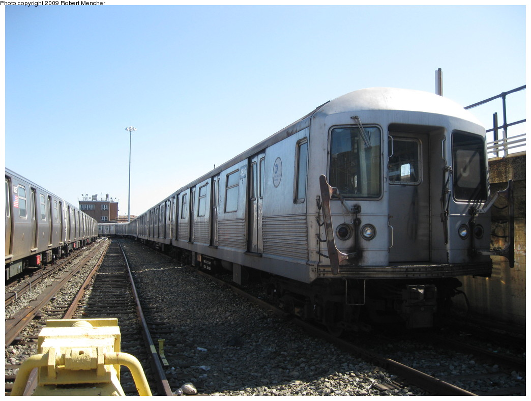 (191k, 1044x788)<br><b>Country:</b> United States<br><b>City:</b> New York<br><b>System:</b> New York City Transit<br><b>Location:</b> East New York Yard/Shops<br><b>Car:</b> R-42 (St. Louis, 1969-1970)  4808 <br><b>Photo by:</b> Robert Mencher<br><b>Date:</b> 3/23/2009<br><b>Viewed (this week/total):</b> 0 / 296