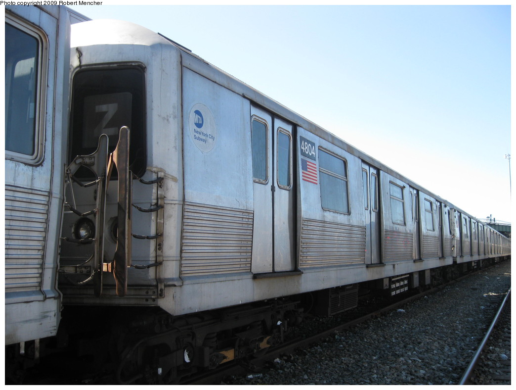 (182k, 1044x788)<br><b>Country:</b> United States<br><b>City:</b> New York<br><b>System:</b> New York City Transit<br><b>Location:</b> East New York Yard/Shops<br><b>Car:</b> R-42 (St. Louis, 1969-1970)  4804 <br><b>Photo by:</b> Robert Mencher<br><b>Date:</b> 3/23/2009<br><b>Viewed (this week/total):</b> 2 / 369