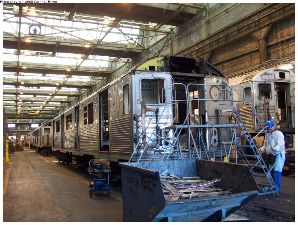 (274k, 1044x788)<br><b>Country:</b> United States<br><b>City:</b> New York<br><b>System:</b> New York City Transit<br><b>Location:</b> 207th Street Yard<br><b>Car:</b> R-38 (St. Louis, 1966-1967)  4107 <br><b>Photo by:</b> Glenn L. Rowe<br><b>Date:</b> 3/27/2009<br><b>Notes:</b> Scrap<br><b>Viewed (this week/total):</b> 2 / 530