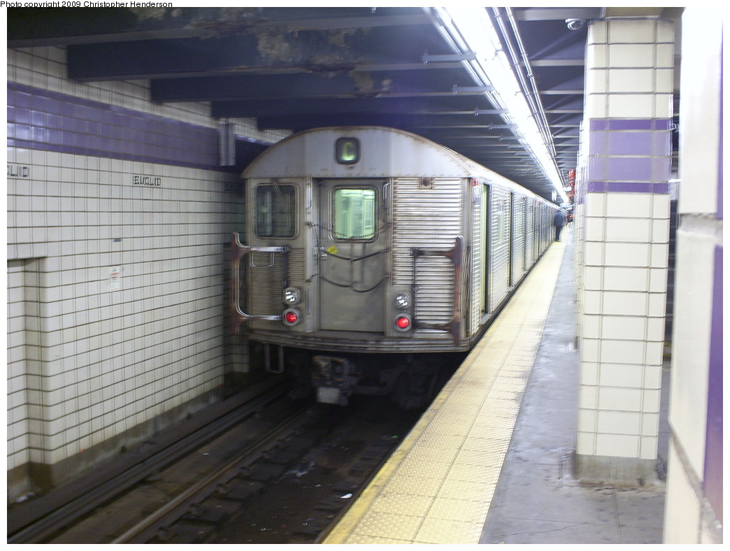 (243k, 1044x788)<br><b>Country:</b> United States<br><b>City:</b> New York<br><b>System:</b> New York City Transit<br><b>Line:</b> IND Fulton Street Line<br><b>Location:</b> Euclid Avenue <br><b>Route:</b> C<br><b>Car:</b> R-32 (Budd, 1964)  3840 <br><b>Photo by:</b> Christopher Henderson<br><b>Date:</b> 3/30/2009<br><b>Viewed (this week/total):</b> 2 / 678