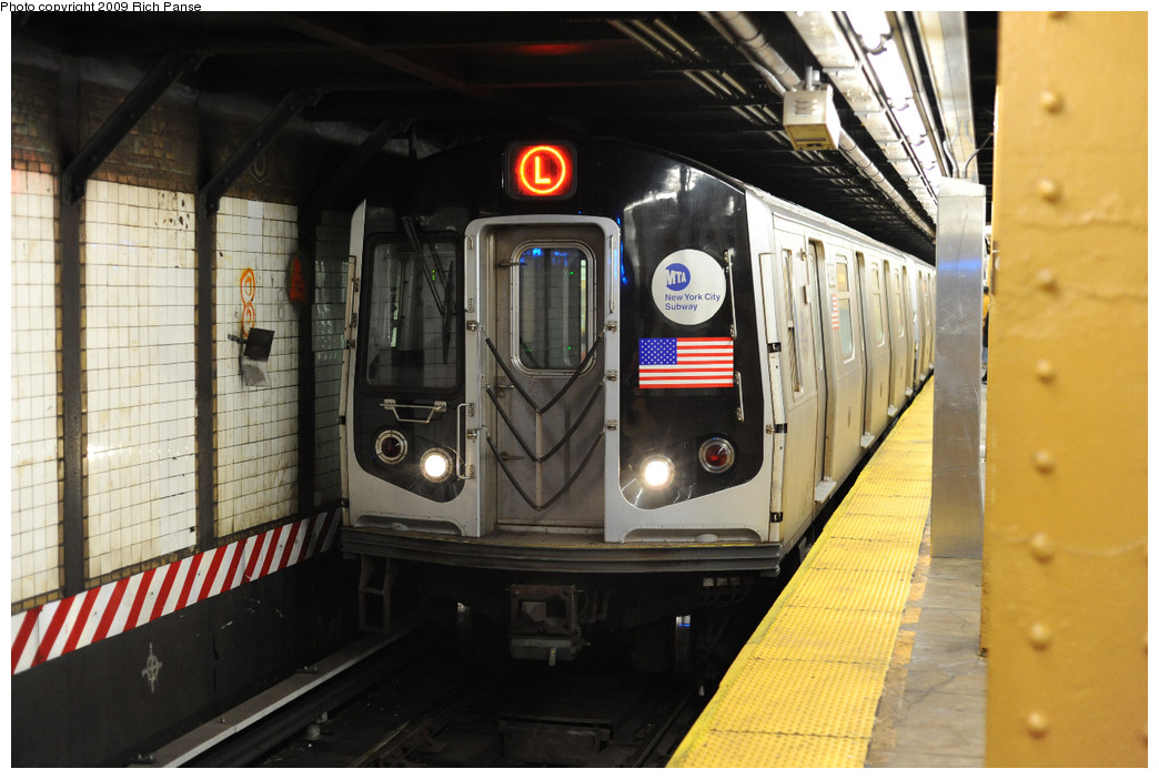 (245k, 1044x702)<br><b>Country:</b> United States<br><b>City:</b> New York<br><b>System:</b> New York City Transit<br><b>Line:</b> BMT Canarsie Line<br><b>Location:</b> 6th Avenue <br><b>Route:</b> L<br><b>Car:</b> R-143 (Kawasaki, 2001-2002)  <br><b>Photo by:</b> Richard Panse<br><b>Date:</b> 3/31/2009<br><b>Viewed (this week/total):</b> 5 / 718
