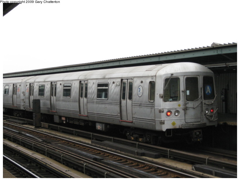 (97k, 820x620)<br><b>Country:</b> United States<br><b>City:</b> New York<br><b>System:</b> New York City Transit<br><b>Line:</b> IND Fulton Street Line<br><b>Location:</b> Rockaway Boulevard <br><b>Route:</b> A<br><b>Car:</b> R-44 (St. Louis, 1971-73) 5260 <br><b>Photo by:</b> Gary Chatterton<br><b>Date:</b> 4/1/2009<br><b>Viewed (this week/total):</b> 3 / 471