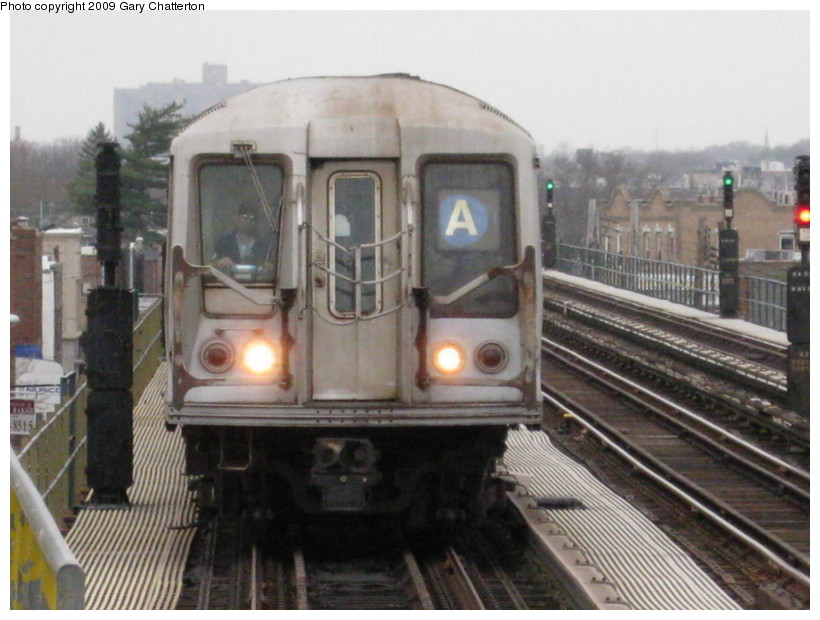 (129k, 820x620)<br><b>Country:</b> United States<br><b>City:</b> New York<br><b>System:</b> New York City Transit<br><b>Line:</b> IND Fulton Street Line<br><b>Location:</b> Rockaway Boulevard <br><b>Route:</b> A<br><b>Car:</b> R-40 (St. Louis, 1968)  4246 <br><b>Photo by:</b> Gary Chatterton<br><b>Date:</b> 4/1/2009<br><b>Viewed (this week/total):</b> 0 / 708