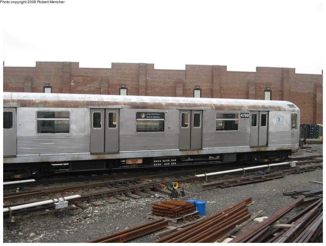 (226k, 1044x788)<br><b>Country:</b> United States<br><b>City:</b> New York<br><b>System:</b> New York City Transit<br><b>Location:</b> East New York Yard/Shops<br><b>Car:</b> R-42 (St. Louis, 1969-1970)  4789 <br><b>Photo by:</b> Robert Mencher<br><b>Date:</b> 4/1/2009<br><b>Viewed (this week/total):</b> 1 / 537