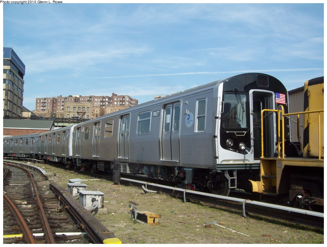 (224k, 1044x788)<br><b>Country:</b> United States<br><b>City:</b> New York<br><b>System:</b> New York City Transit<br><b>Location:</b> 207th Street Yard<br><b>Car:</b> R-160B (Option 2) (Kawasaki, 2009)  9927 <br><b>Photo by:</b> Glenn L. Rowe<br><b>Date:</b> 4/8/2010<br><b>Viewed (this week/total):</b> 1 / 1285