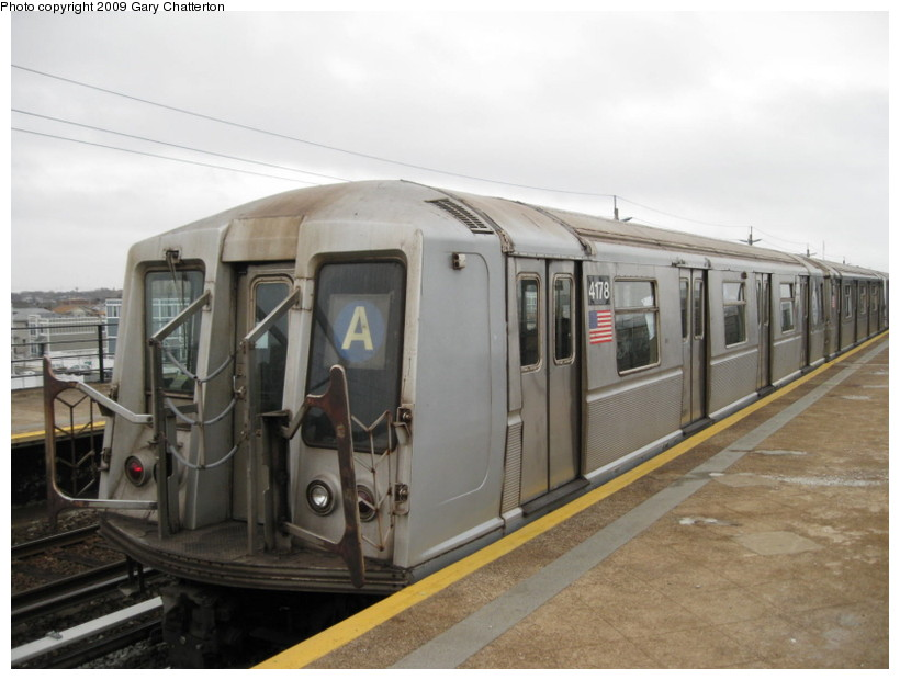 (109k, 820x620)<br><b>Country:</b> United States<br><b>City:</b> New York<br><b>System:</b> New York City Transit<br><b>Line:</b> IND Rockaway<br><b>Location:</b> Beach 44th Street/Frank Avenue <br><b>Route:</b> A<br><b>Car:</b> R-40 (St. Louis, 1968)  4178 <br><b>Photo by:</b> Gary Chatterton<br><b>Date:</b> 4/1/2009<br><b>Viewed (this week/total):</b> 1 / 526