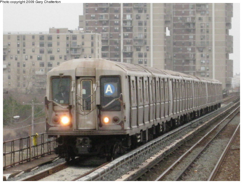 (132k, 820x620)<br><b>Country:</b> United States<br><b>City:</b> New York<br><b>System:</b> New York City Transit<br><b>Line:</b> IND Rockaway<br><b>Location:</b> Beach 44th Street/Frank Avenue <br><b>Route:</b> A<br><b>Car:</b> R-40 (St. Louis, 1968)  4262 <br><b>Photo by:</b> Gary Chatterton<br><b>Date:</b> 4/1/2009<br><b>Viewed (this week/total):</b> 0 / 1047