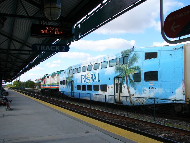 (85k, 800x600)<br><b>Country:</b> United States<br><b>City:</b> Miami, FL<br><b>System:</b> Miami Tri-Rail<br><b>Location:</b> Deerfield Beach (Amtrak) <br><b>Photo by:</b> Bob Vogel<br><b>Date:</b> 3/5/2009<br><b>Notes:</b> Bombardier coach TRCX 1009<br><b>Viewed (this week/total):</b> 0 / 534