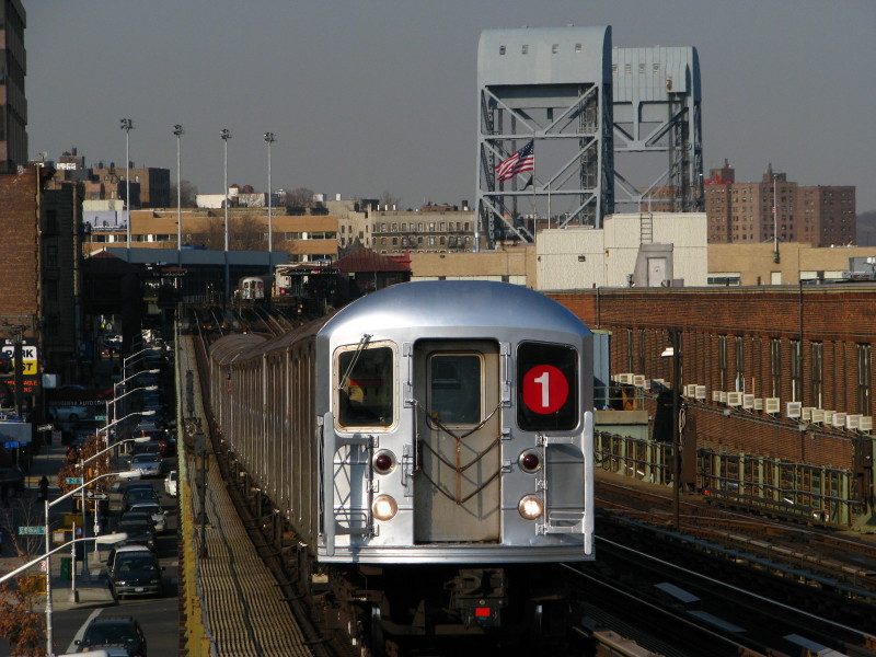 (155k, 800x600)<br><b>Country:</b> United States<br><b>City:</b> New York<br><b>System:</b> New York City Transit<br><b>Line:</b> IRT West Side Line<br><b>Location:</b> 207th Street <br><b>Route:</b> 1<br><b>Car:</b> R-62A (Bombardier, 1984-1987)  2351 <br><b>Photo by:</b> Andrew Johnson<br><b>Date:</b> 3/18/2009<br><b>Viewed (this week/total):</b> 1 / 978