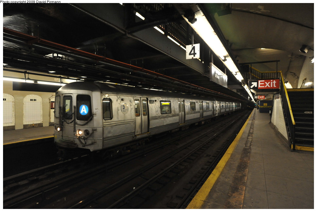 (228k, 1044x701)<br><b>Country:</b> United States<br><b>City:</b> New York<br><b>System:</b> New York City Transit<br><b>Line:</b> IND 8th Avenue Line<br><b>Location:</b> 181st Street <br><b>Route:</b> A<br><b>Car:</b> R-44 (St. Louis, 1971-73) 5410 <br><b>Photo by:</b> David Pirmann<br><b>Date:</b> 4/10/2009<br><b>Viewed (this week/total):</b> 3 / 1063