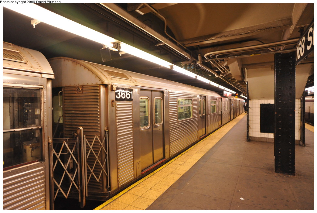 (281k, 1044x701)<br><b>Country:</b> United States<br><b>City:</b> New York<br><b>System:</b> New York City Transit<br><b>Line:</b> IND 8th Avenue Line<br><b>Location:</b> 168th Street <br><b>Route:</b> C<br><b>Car:</b> R-32 (Budd, 1964)  3661 <br><b>Photo by:</b> David Pirmann<br><b>Date:</b> 4/10/2009<br><b>Viewed (this week/total):</b> 0 / 426