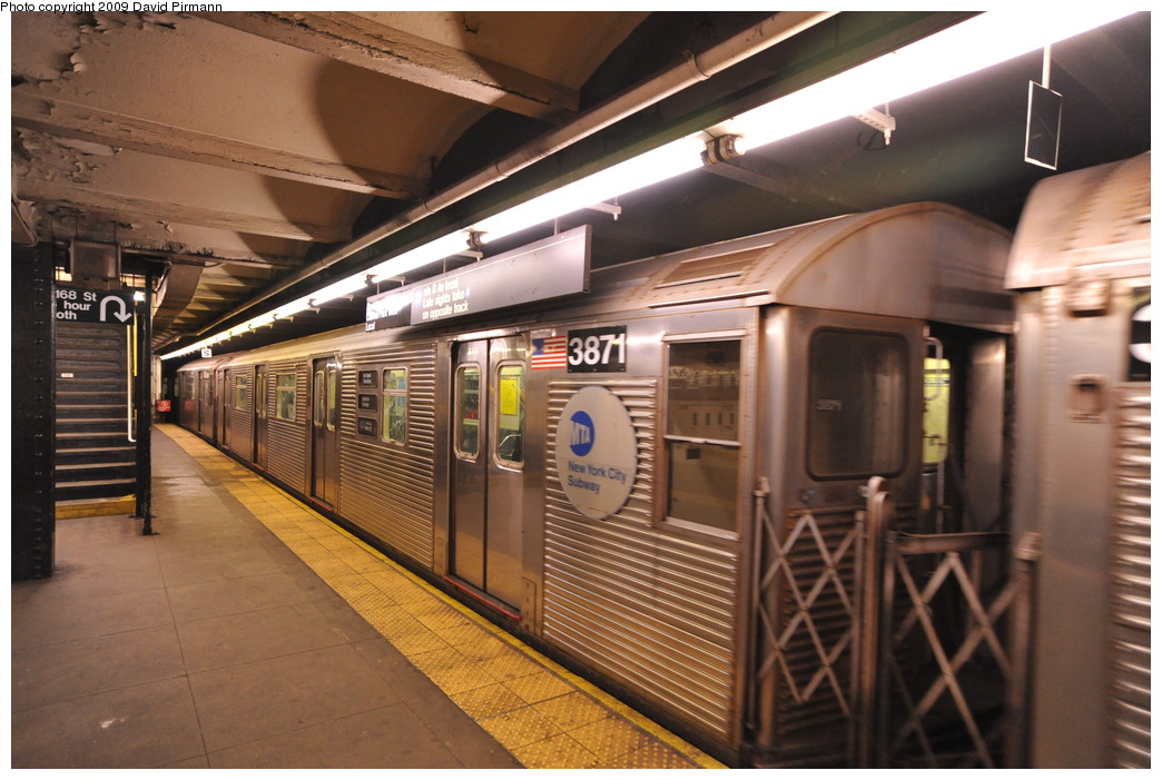 (260k, 1044x701)<br><b>Country:</b> United States<br><b>City:</b> New York<br><b>System:</b> New York City Transit<br><b>Line:</b> IND 8th Avenue Line<br><b>Location:</b> 168th Street <br><b>Route:</b> C<br><b>Car:</b> R-32 (Budd, 1964)  3871 <br><b>Photo by:</b> David Pirmann<br><b>Date:</b> 4/10/2009<br><b>Viewed (this week/total):</b> 0 / 1007
