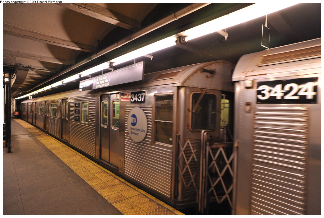 (269k, 1044x701)<br><b>Country:</b> United States<br><b>City:</b> New York<br><b>System:</b> New York City Transit<br><b>Line:</b> IND 8th Avenue Line<br><b>Location:</b> 168th Street <br><b>Route:</b> C<br><b>Car:</b> R-32 (Budd, 1964)  3437 <br><b>Photo by:</b> David Pirmann<br><b>Date:</b> 4/10/2009<br><b>Viewed (this week/total):</b> 2 / 999