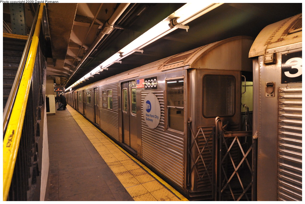 (282k, 1044x701)<br><b>Country:</b> United States<br><b>City:</b> New York<br><b>System:</b> New York City Transit<br><b>Line:</b> IND 8th Avenue Line<br><b>Location:</b> 168th Street <br><b>Route:</b> C<br><b>Car:</b> R-32 (Budd, 1964)  3630 <br><b>Photo by:</b> David Pirmann<br><b>Date:</b> 4/10/2009<br><b>Viewed (this week/total):</b> 4 / 927